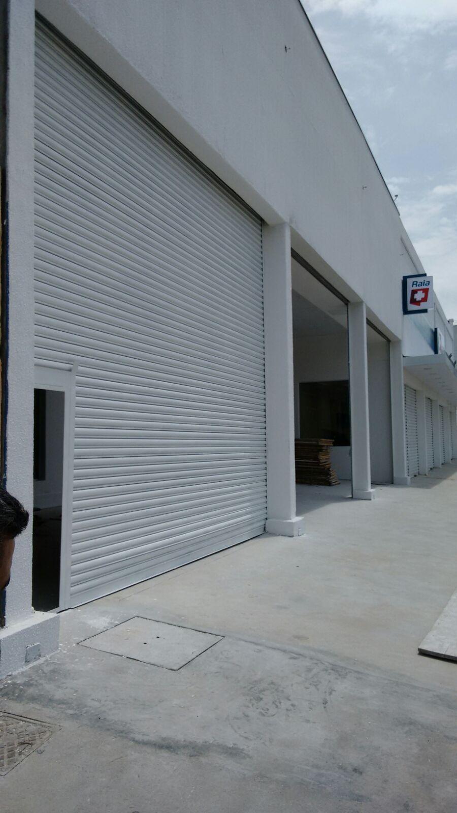 porta de aco de enrolar com portinhola - SP 99944-2493 Porta Automática de Enrolar